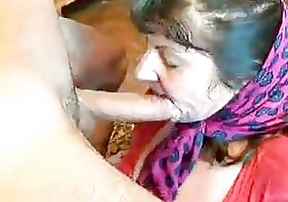 make water big beautiful woman older