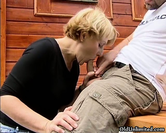 nasty blonde wench goes crazy sucking