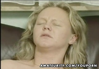 pregnant non-professional wife homemade sucking